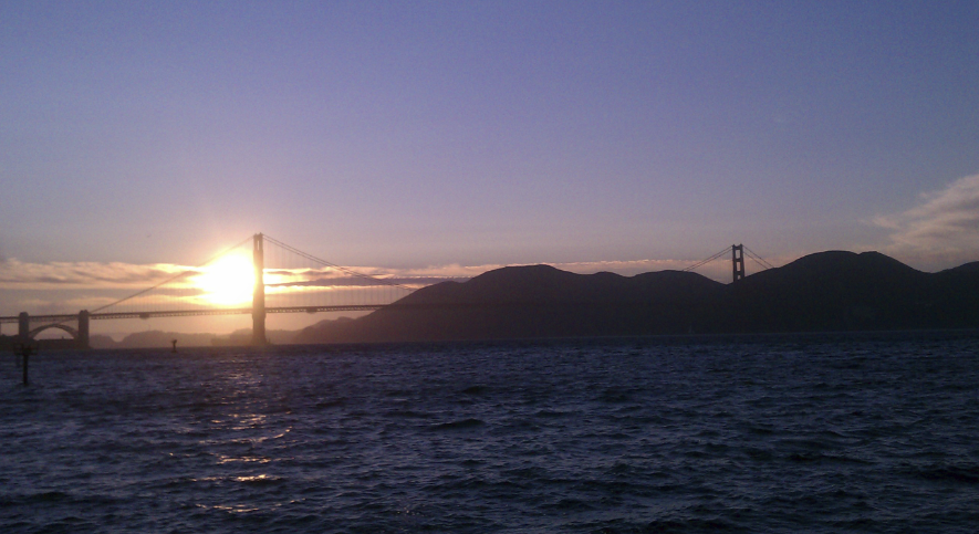 sunset cruise under golden gate